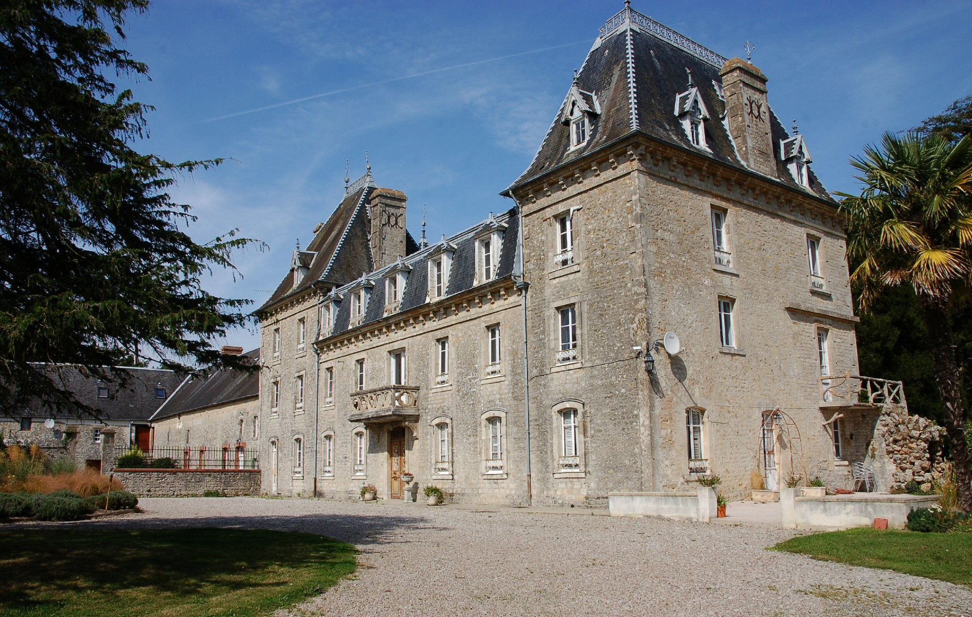 Rustic Chateau In Normandy French Wedding Venues